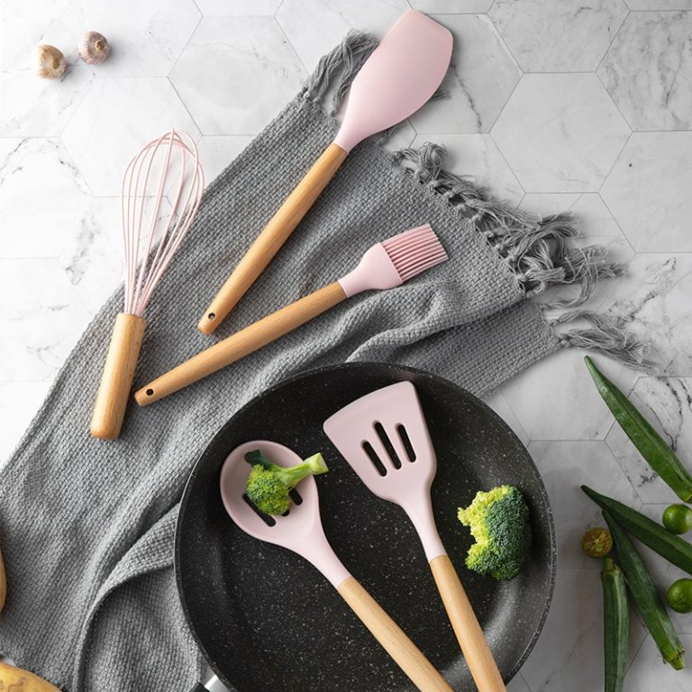 11pcs Silicone Cooking Utensils Set Pink Solid Wood Handle With Storage Box Kitchenware Kit Kitchen Tools 1 / Shop Social Online Store