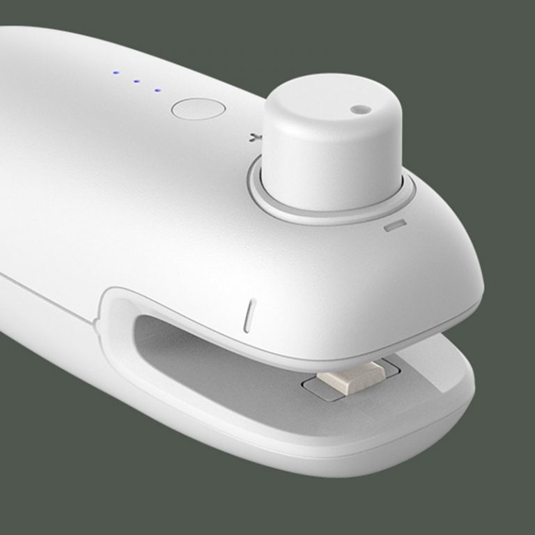 USB Charging Portable Heating Plastic Bag Sealing Food Saver Machine Cordless Handheld Mini Food Sealing Machine 4 / Shop Social Online Store